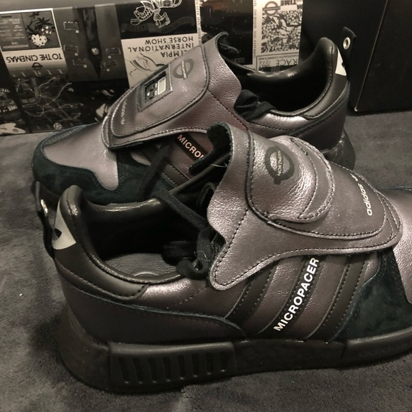 0be876cd302d1 Adidas Micropacer x R1 END. Exclusive